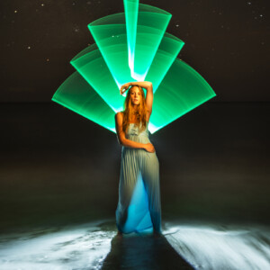 Plexy-Tube-Verde-Light-Painting-Paradise